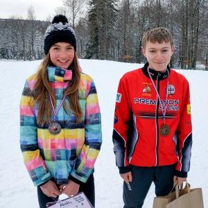 Alina Niggli, médaille d'argent, et Victor Dannecker, médaille de bronze du sprint